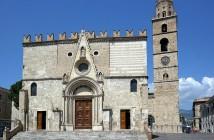 Duomo di Teramo arte sacra in abruzzo