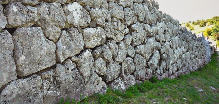Mura megalitiche Monte Pallano